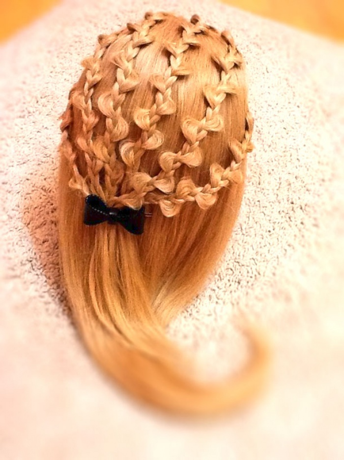 Причёски с ажурными косами